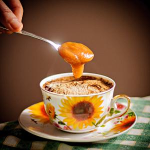 miód gryczany najlepszy do słodzenia kawy